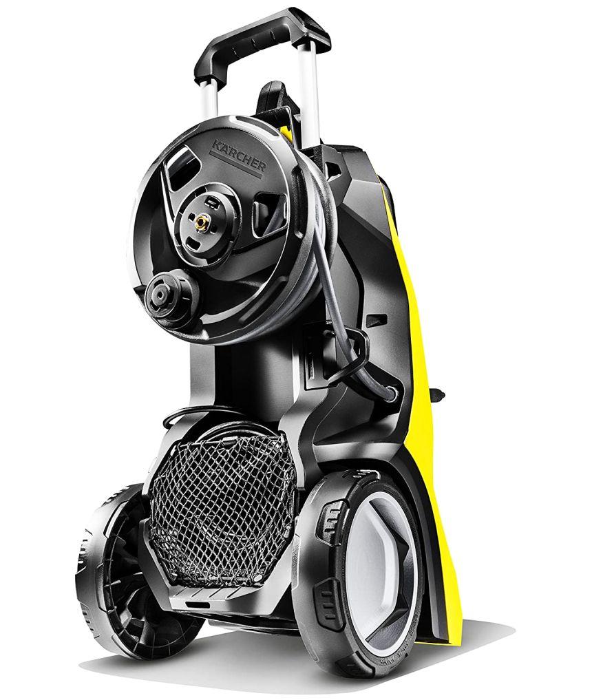 L'idropulitrice KÄRCHER K 7 Premium Full Control Plus ha tutto quello che vi aspettate da una macchina top di gamma: materiali di qualità, semplicità d'utilizzo, tubo da 10 metri con avvolgitore, e massima potenza (3000W per una portata di 600l/h)