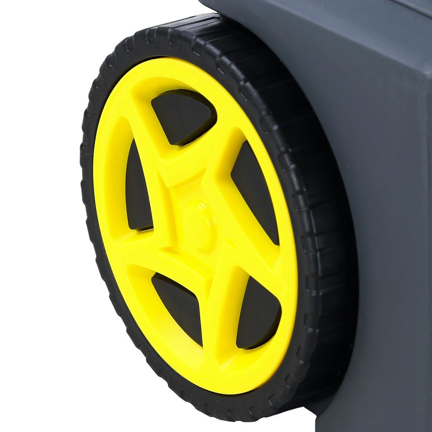 Grazie a due comode ruote, spostare l'idropulitrice LAVOR FURY 110 diventa un'operazione semplicissima, che potete fare anche con una mano sola